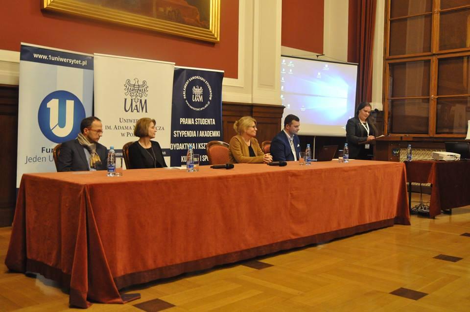 Dyskusja spotkała się z bardzo pozytywnych odbiorem Uczestników Konferencji.
